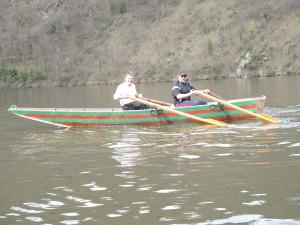Ballade en barque en avril en amont des neuf ponts